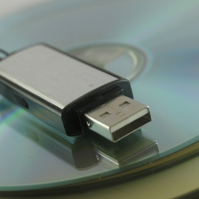 How to undelete files in usb